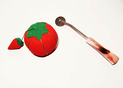 Vtg sewing strawberry tomato pincushion Dritz tracing wheel pink handle