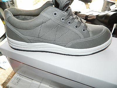 Job Lot Of 12 Pairs Canvas Grey Trainers In Various Sizes