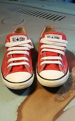 Converse All Stars Red Tomato Low Top Kids 6 Boys or Girls Shoes Sneakers