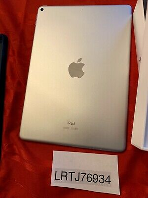 Apple iPad Air (3rd Generation) 256GB, Wi-Fi, 10.5in - Silver Mint Condition