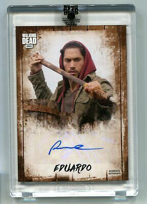 2018 Topps AMC The Walking Dead Red Eduardo Peter Zimmerman Auto /25