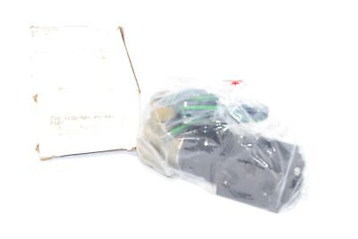 New Versa Cgs-4232-Nb1-Xx-D120 Pneumatic Directional Valve