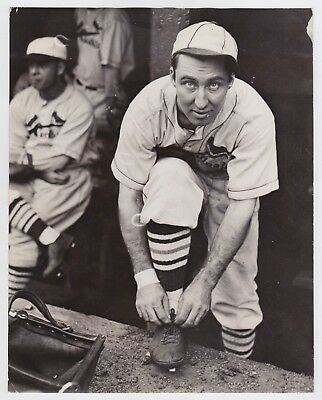 "ST. LOUIS CARDINALS J.A. ""RIPPER"" COLLINS BASEBALL * Iconic VINTAGE 1930s photo"