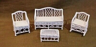 Dollhouse Miniature 1/2 Scale 1:24 Wire Wicker Furniture Town Square