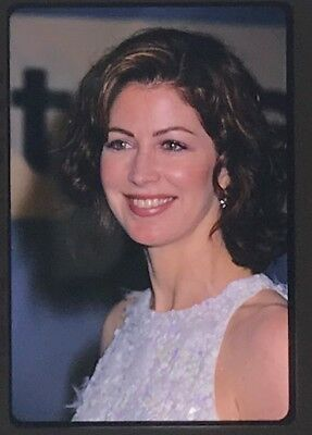 DANA DELANY * 35mm Color Slide Photo CH30