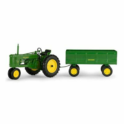 New John Deere 50 Tractor with Flarebox Wagon 1:16 Scale Die Cast 2 Piece Set