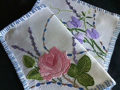Gorgeous Vintage Linen Hand Embroidered Table Mat ~Pink Rose/Sweet-Peas/Lavender