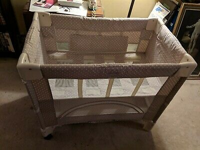 Arm's Reach Co-Sleeper Bassinet w/ mattress pad and strap