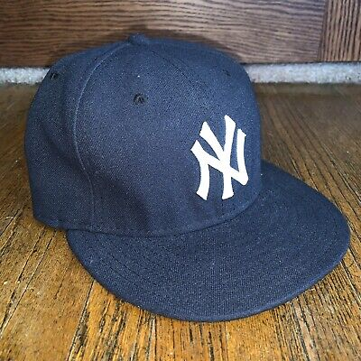 huge selection of 5af92 2cbbd New York Yankees New Era 59Fifty Cool Base MLB Men s 7 1 2 Fitted Cap