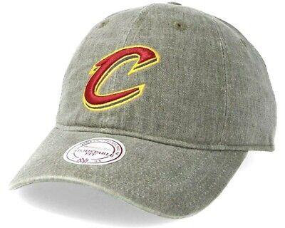 super popular 08e2a a205b MITCHELL   NESS NBA Cleveland Cavaliers Blast Wash Khaki Slouch Relaxed Dad  Cap