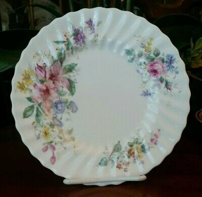 "Royal Doulton ARCADIA Salad Plate 8"" Bone China Older Green Backstamp H4802"
