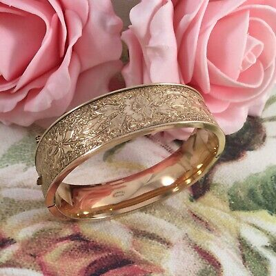 Vintage Jewellery Gold Bangle Embossed Antique Victorian Jewelry with safe Chain