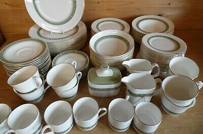 Royal Doulton Rondelay H.5004 - Various Pieces Available with Multibuy Discounts