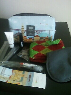Tap Airlines Aviation Flight Traveling Amenity Kit On A Tissue Bag # Empty Bag Collectables In-flight Gifts/ Amenity Kits