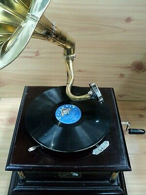 Replica Gramophone Player with Brass Pillars - 78 rpm vinyl phonograph