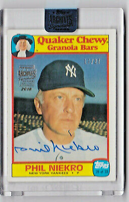 2018 Topps Archives Signature Series Buyback Auto Quaker Oats /27 PHIL NIEKRO