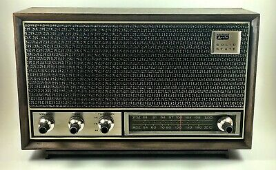 Vintage 1969 Arvin Solid State Transistor AM/FM Radio Table Style Walnut Color