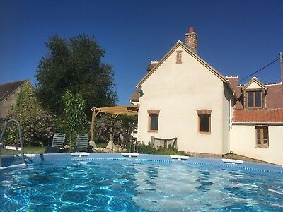 Holiday cottage/Gite/house with pool, Southern Loire, France. August