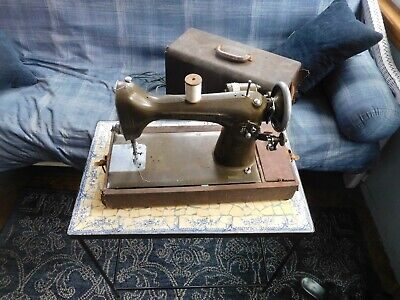 Vintage 1947 New Home Sewing Machine WORKING in Case with Accessories