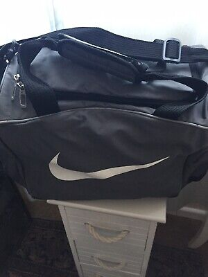 97f153397d Nike Grey Black Duffel Gym Sports Holdall Training Bag Used Good Condition