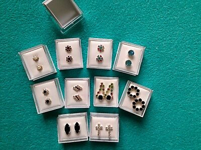 JOBLOT-10 pairs of GIFT BOXED crystal/colour diamante stud earrings.Silver plate