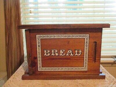 HTF UNIQUE Vtg  RUSTIC FARMHOUSE PINE WOOD BREAD BOX w/SLIDING Front Door RARE