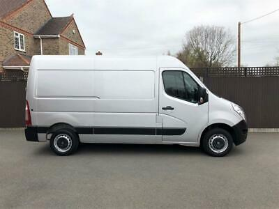 65 Reg - Renault Master MWB MM33dCi 125PS - Business - Silver