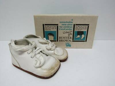 f01a8eadd13d1 VINTAGE WHITE LEATHER BUSTER BROWN Baby Shoes SIZE 3B -- The Winkler ...