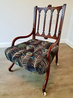 Deep buttoned mahogany hall/bedroom chair - Late Victorian with original casters