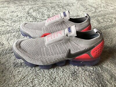 Nike Men's Air Vapormax Moc 2 Moon Particle/Solar Red AH7006-201 Size 12.5