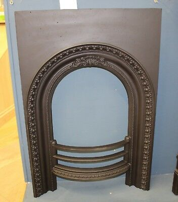 Reclaimed Victorian Arch Cast Iron Fire Place Insert (Rec381)