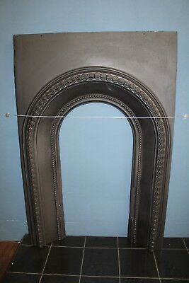 Reclaimed Victorian Arch Cast Iron Fire Place Insert (Rec370)