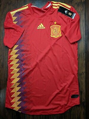 46ea89d4994 ADIDAS SPAIN HOME Jersey 2018 Juniors Red/Gold Football Soccer Top ...