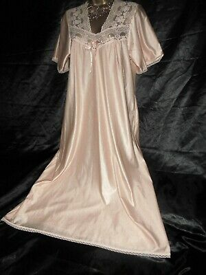 Stunning vtg silky nylon  nightie dress slip negligee  42 chest cd/tv