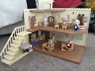 Sylvanian Families Berry Grove School Spare Replacment Desk and Chair FREE Post