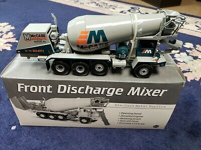 FIRST GEAR OSHKOSH FRONT DISCHARGE CEMENT MIXER TRUCK 1:34 SCALE 19