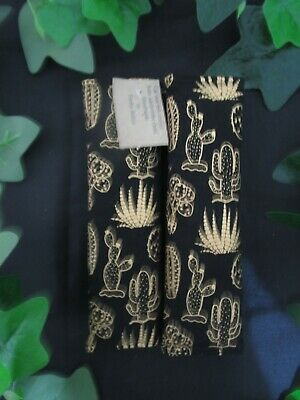 Seat belt covers for car-Metallic gold Cacti.
