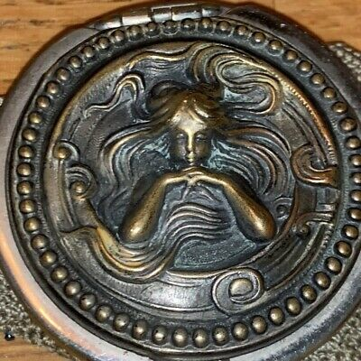 Antique Victorian Art Nouveau Repousse Lady Knitted Steel Cut Beaded Coin Purse