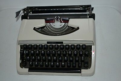Typewriter Brother 215 Vintage Collectable