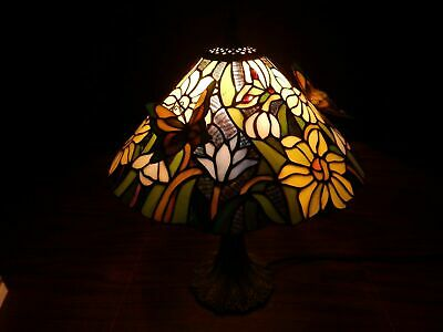 "Stained Glass Tiffany Style Butterfly Design Table Top Accent Lamp 18"" Tall"