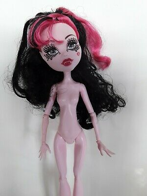 Draculaura Nude Bait B Ghouls Rule Monster High Doll Excellent used condition