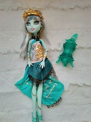 Monster high doll , Frankie 13 wishes