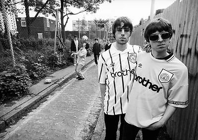 OASIS POSTER Manchester City Noel & Liam Gallagher Photo Print Poster A4 A3
