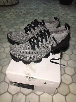 Nike Air Vapormax Flyknit 2 Mens Size 8.5 White,black And Grey