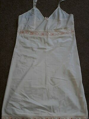 """St Michael Vintage  Peach Embroidered Hip Length Full Slip Size 10 Bust 36"""""""