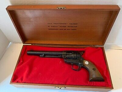 MGC Manufactory Japan CAL 44-40 Colt Long Barrel Non Firing Prop Gun w/ wood Box