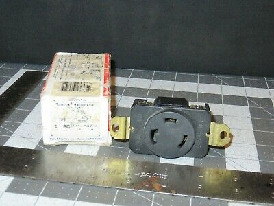 Pass and Seymour Turnlok L530-R Receptacle, 30A/125V, 2P 3W,
