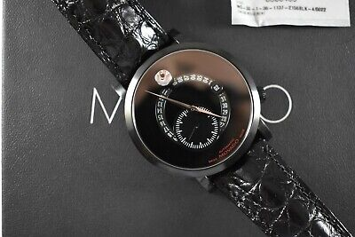 Movado Red Label 42mm Automatic Date Mens Watch 0606485 Complete Box Set lot.q