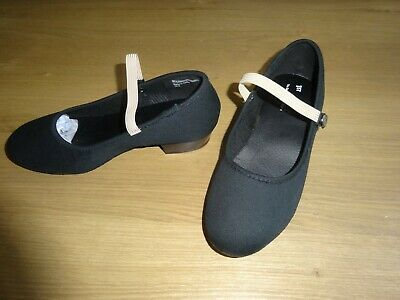 Black Canvas Character Dance Shoes Low Heel Girls Uk Size 2 But Are A Small Fit