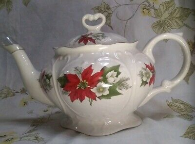 "Royal Park Fine Earthenware ""Pointsetia"" Tea Pot ~ Staffordshire, England"